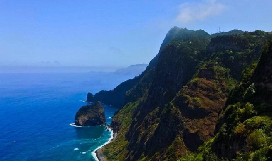 Die Insel des ewigen Frühlings: Madeira – Highlights & Tipps für den Traumurlaub