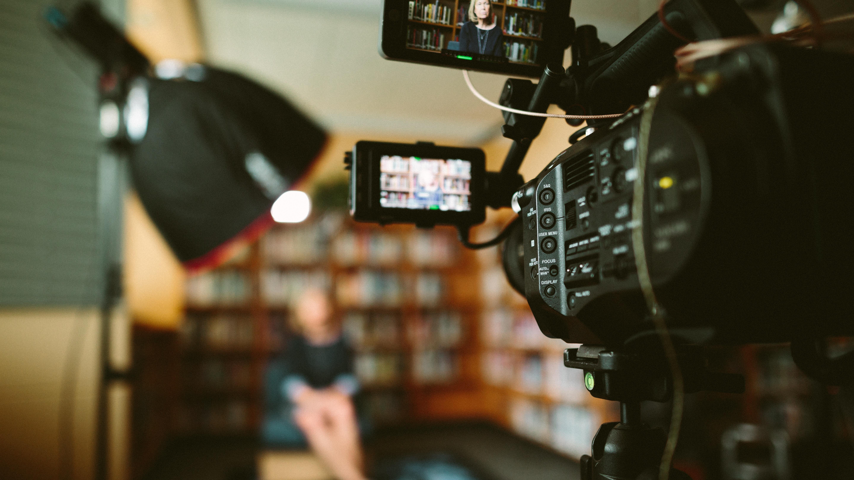 Broadcast-Technik – Auf welcher Welle surfst du?